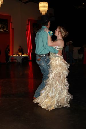 high school rodeo prom 084.jpg