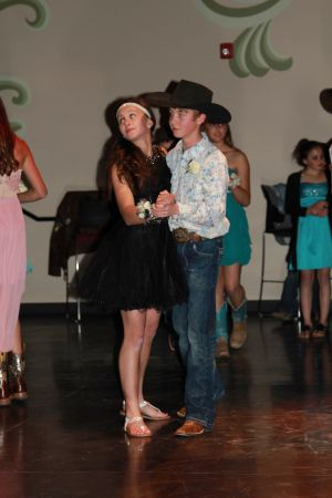 high school rodeo prom 085.jpg
