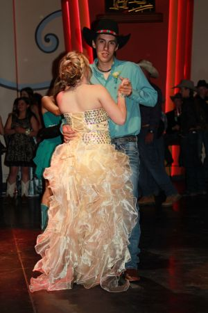 high school rodeo prom 086.jpg