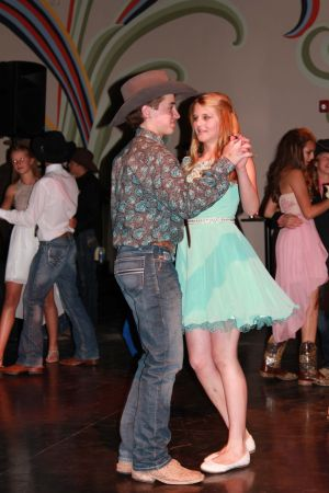 high school rodeo prom 087.jpg