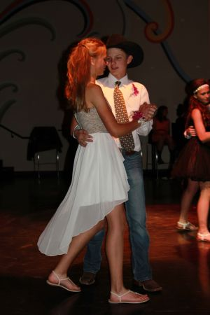 high school rodeo prom 089.jpg