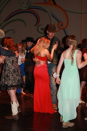 high school rodeo prom 091.jpg