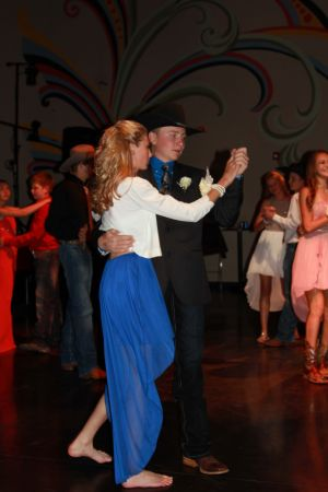 high school rodeo prom 092.jpg