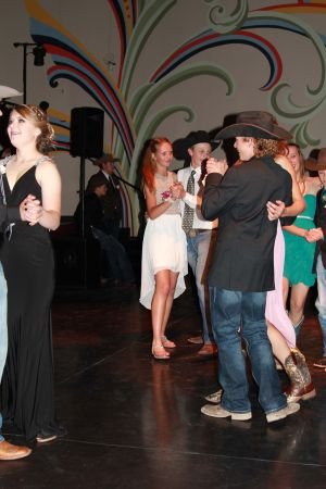 high school rodeo prom 093.jpg