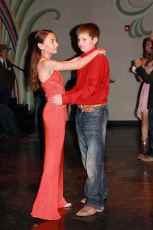 high school rodeo prom 094.jpg