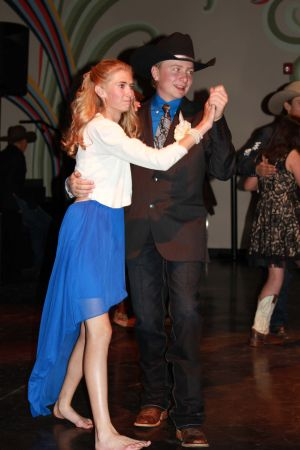 high school rodeo prom 096.jpg