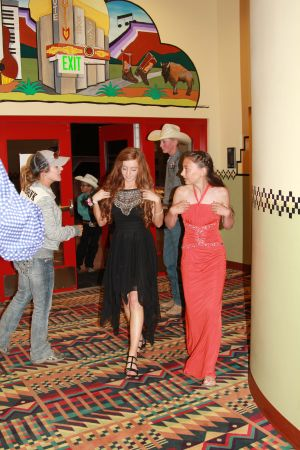 high school rodeo prom 124.jpg
