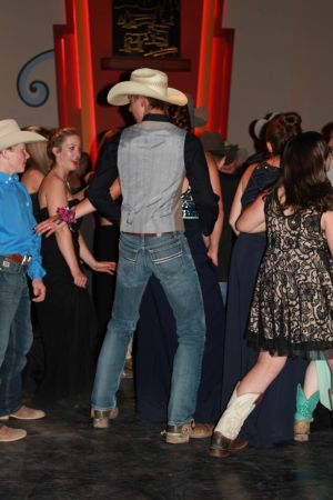 high school rodeo prom 150.jpg