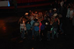high school rodeo prom 155.jpg