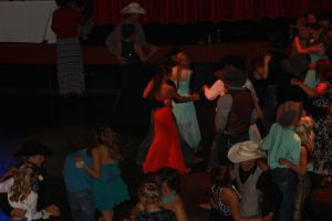 high school rodeo prom 178.jpg