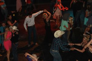high school rodeo prom 185.jpg